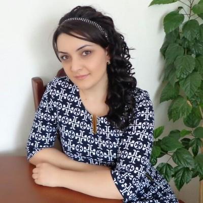 Анна Гогорян